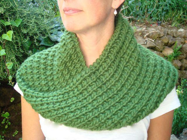 Mobius Cowl Free Knitting Pattern : My Patterns knitoutsidethebox